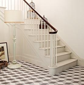 Patterned Hallway & Lounge Tiles