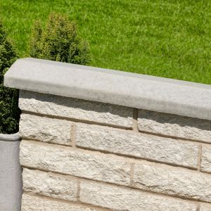 Image for Bradstone Screenwall Saddleback Coping 610x140x55