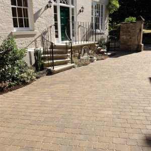 Image for Bradstone Monksbridge Croft Block Paving (Mixed Paving)
