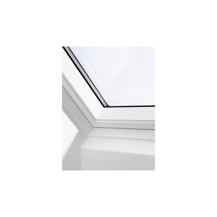 Velux Ggl Ck01 2070 White Painted Centre Pivot Roof Window 55x70cm