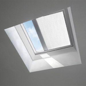 Velux Electric Light Dimming Blind 90 x 90 cm White FMK 090090 1045