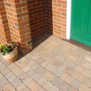 Image for Bradstone Woburn Rumbled Infilta Rustic Block Paving (1 Pack)